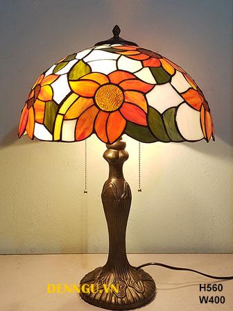 đèn bàn tiffany